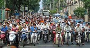 hochiminh motos astuces traverser
