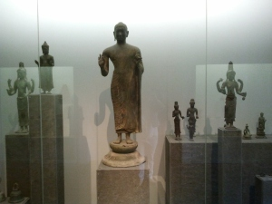 Bouddha style Dong Duong? Art Champ. 7è siècle.
