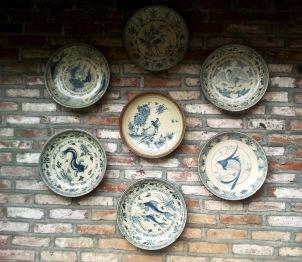 La céramique et porcelaine des Ly fut connue et appréciée par l'ensemble des pays d'Asie, notamment la Turquie, la Chine et bien sûr, le Japon