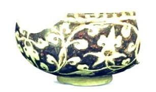 Ceramique brune incisée - Ly dynasty