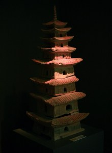 dynastie-tran-rarer-poterie-pagode-9-etages