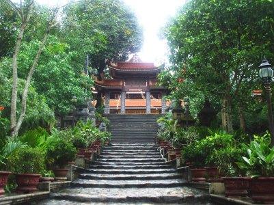 zen-templevietnam-yentu-hanoi-halong