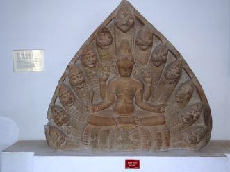 sculpture-cham-vishnu-serpent-ananta-tympan-danang-museum
