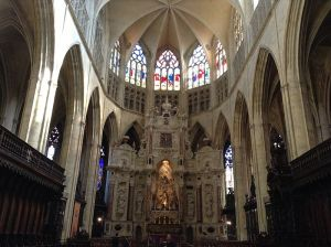 hochiminh-city-guide-interieur-eglise-toulouse